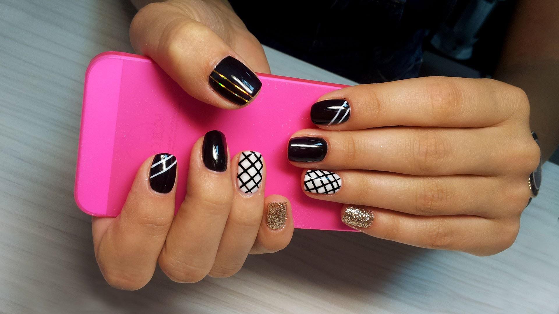 Haga: Дизайн одного ногтя в Киеве